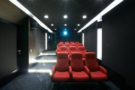 Factual Studios - Cinema