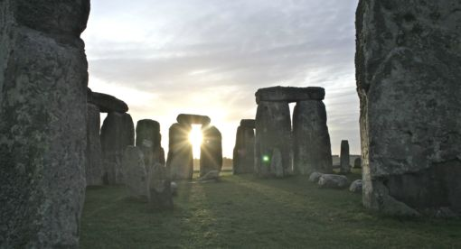 Stonehenge – Bringing back the Dead