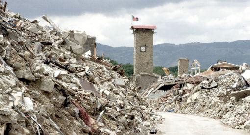 Chasing Quakes